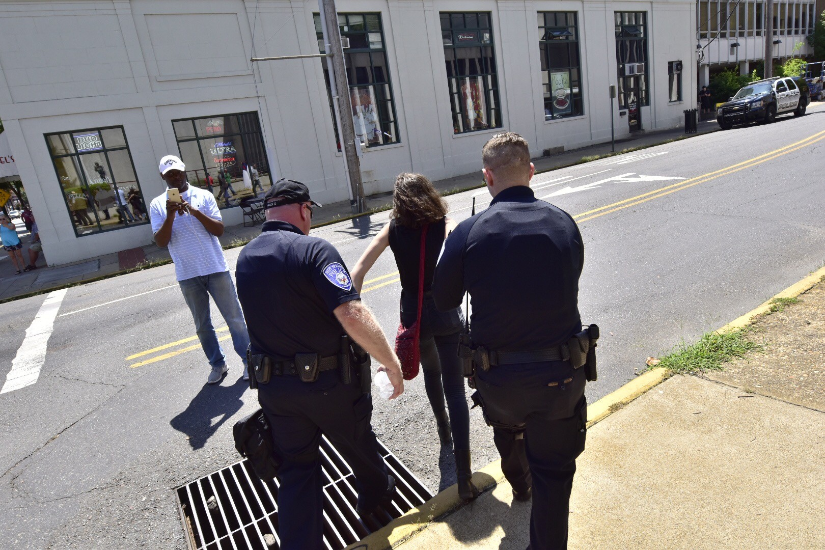 Confederate rally in Hot Springs largely peaceful, met by