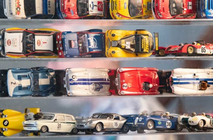 Detailed picture of Jim Cunningham's slot car collection