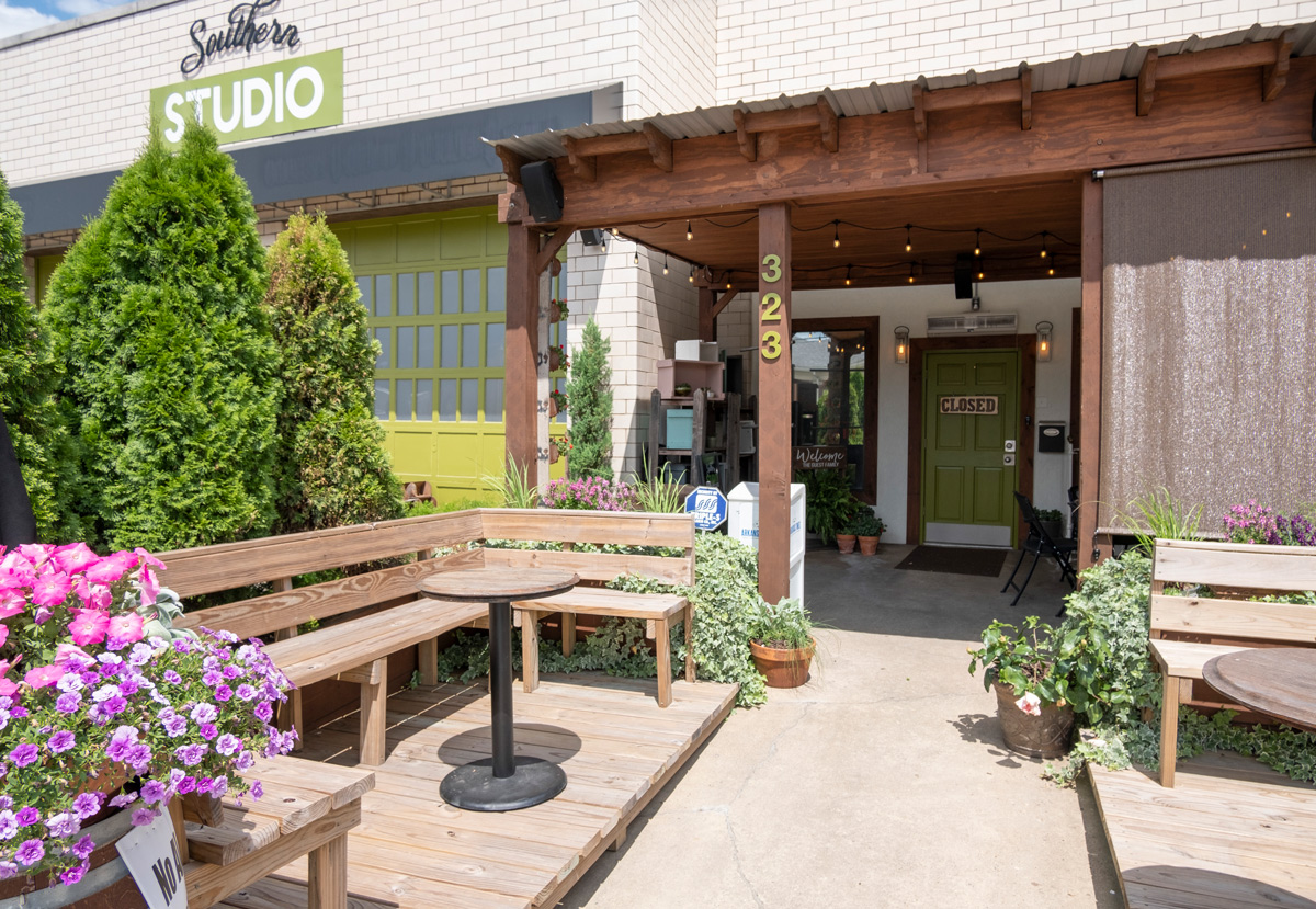 A picture of Little Rock's Southern Studio