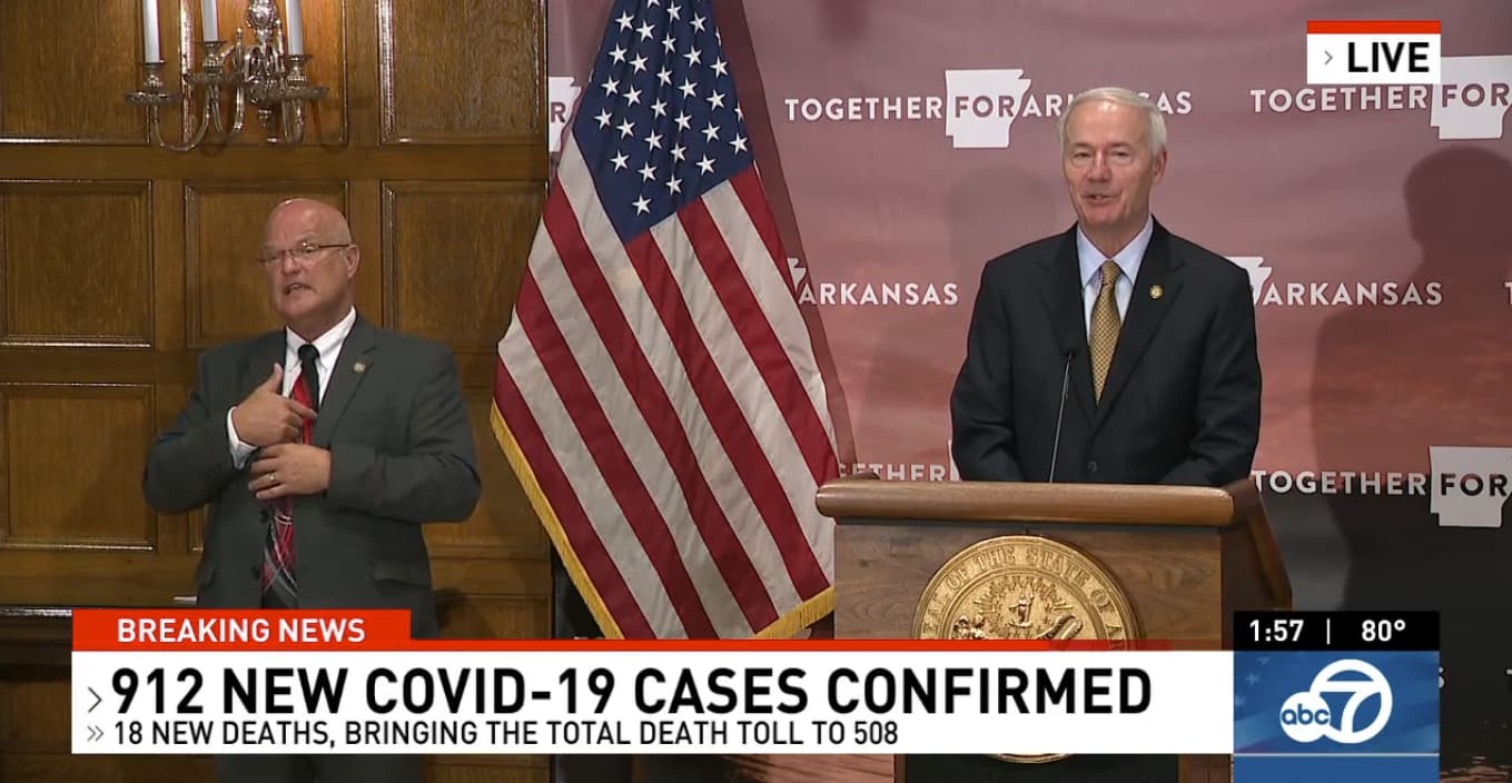 Coronavirus today: New prison outbreak, 912 new cases total