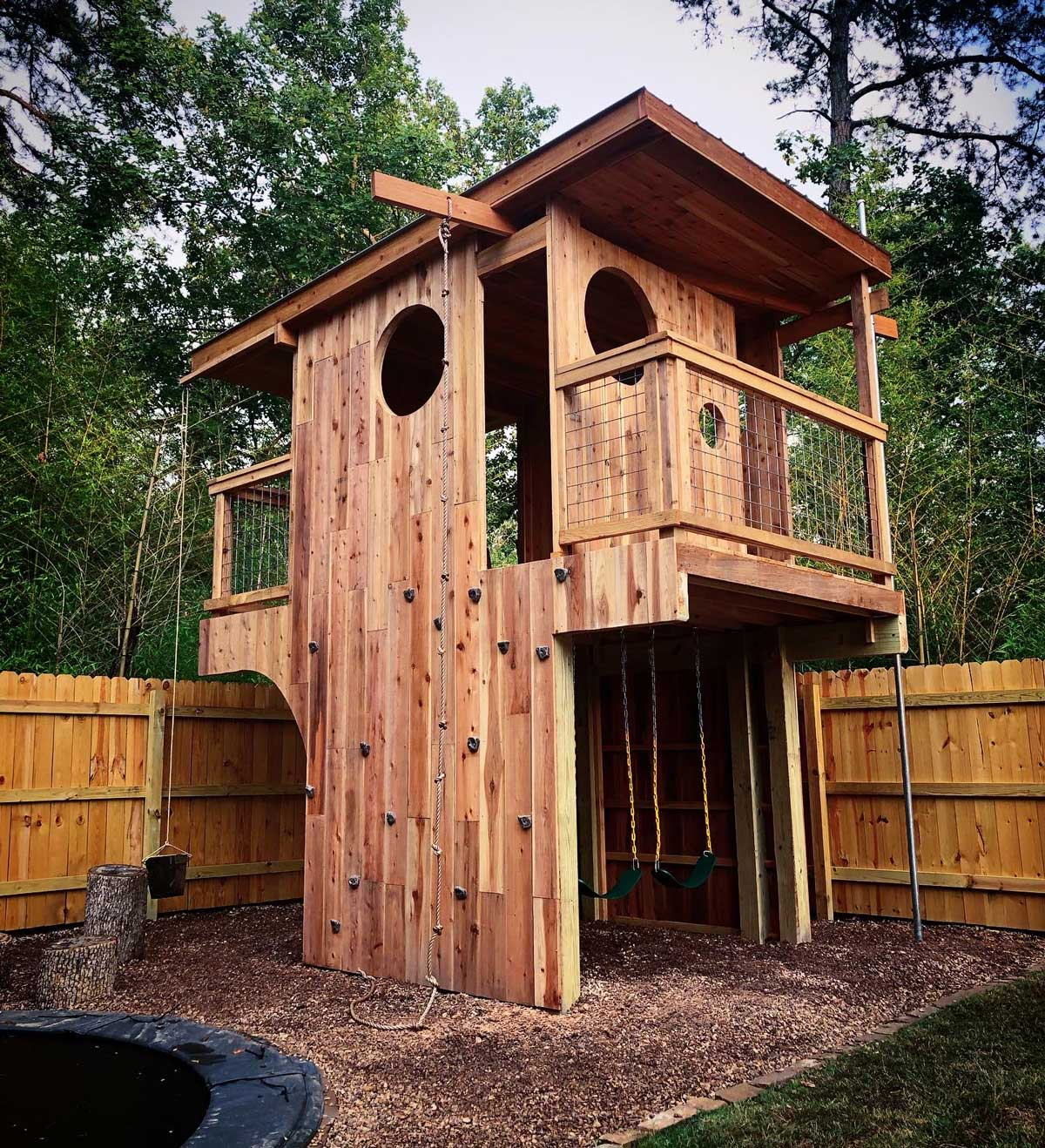 picture of Little Rock playtower built by Natural State Treehouses